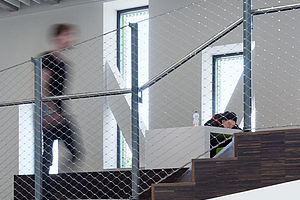 Geländerfüllung X-TEND Edelstahl-Seilnetz