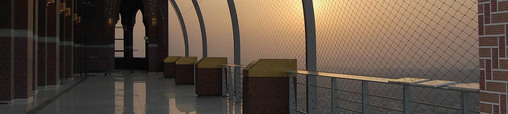 Makkah Clock Tower Absturzsicherung X-TEND Edelstahl-Seilnetz