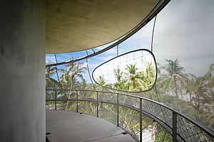 Restaurant Treppensicherung Velaa Tavaru Tower Malediven