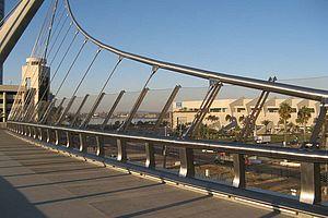 Harbor Drive Bridge San Diego X-TEND Edelstahl Seilnetz Brücke Sicherung
