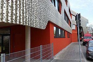 Kinderhaus Untere Mentergasse Nürnberg  Carl Stahl Architektur Edelstahlseilnetz Sicherungen Schutznetz