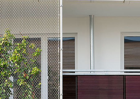 X-TEND stainless steel cable mesh trellis