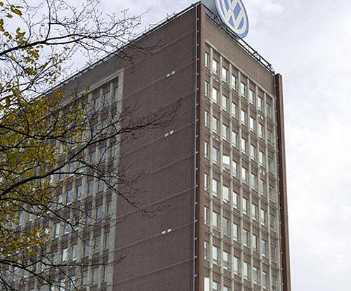 Sicherung von bestehenden Fassaden X-TEND Edelstahl-Seilnetz