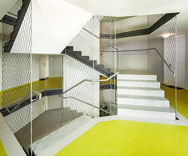 Staircase enclosures X-TEND stainless steel net