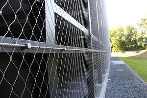 Fassade Aldi X-TEND Edelstahl-Seilnetz