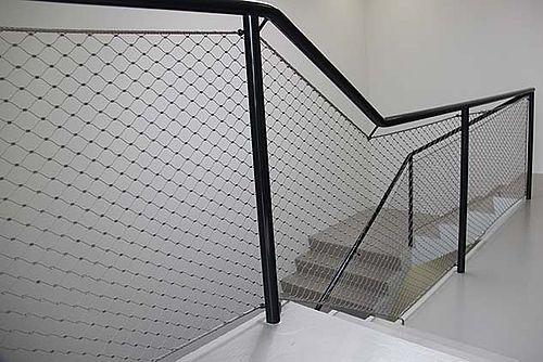 Filet inox pour garde-corps de cage d'escalier