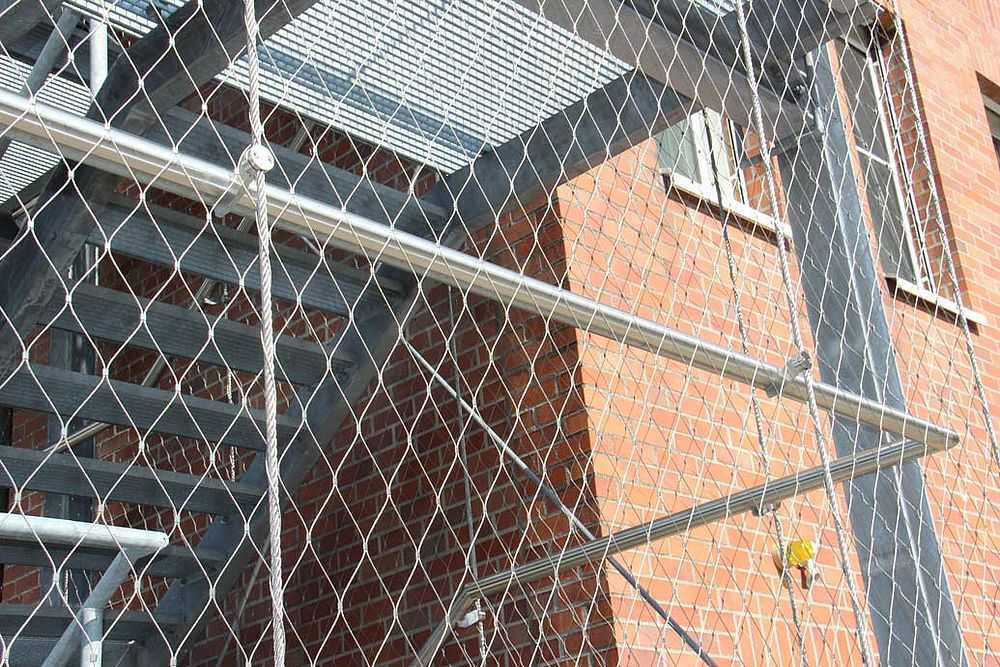 Staircase safety X-TEND stainless steel cable mesh