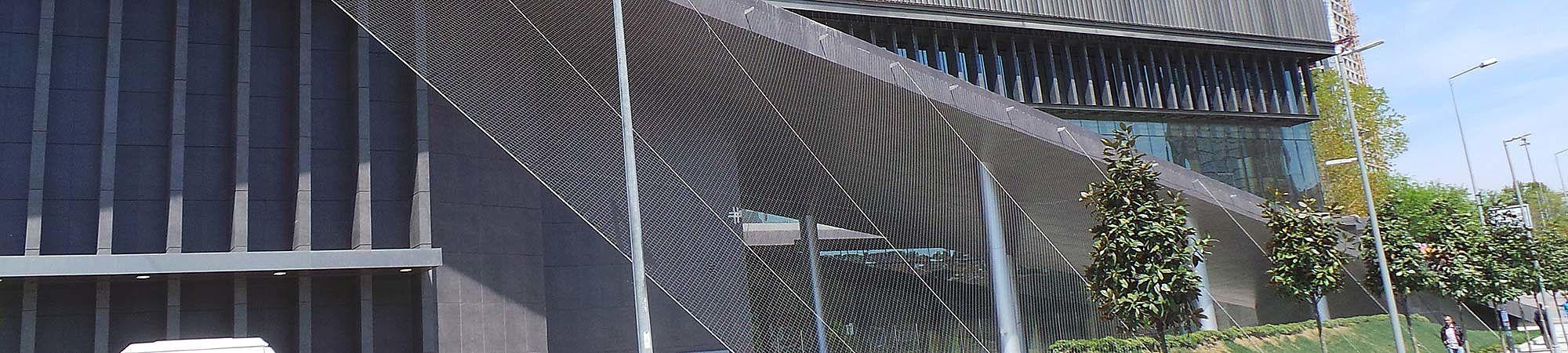Begrünung Rathaus Istanbul X-TEND Edelstahl-Seilnetz
