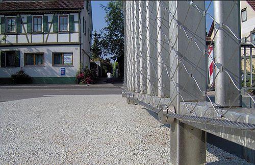 Brückensanierung, bestehende Geländer X-TEND Edelstahl-Seilnetz