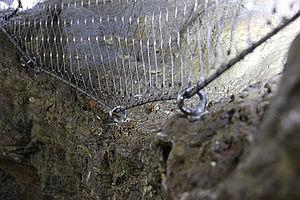 Hermannshöhle Rübeland Durchgriffsschutz Schutznetz X-TEND Edelstahl-Seilnetz