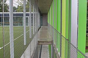 Evangelische Grundschule Karlsruhe Carl Stahl Architektur Edelstahlseilnetz Absturzsicherung