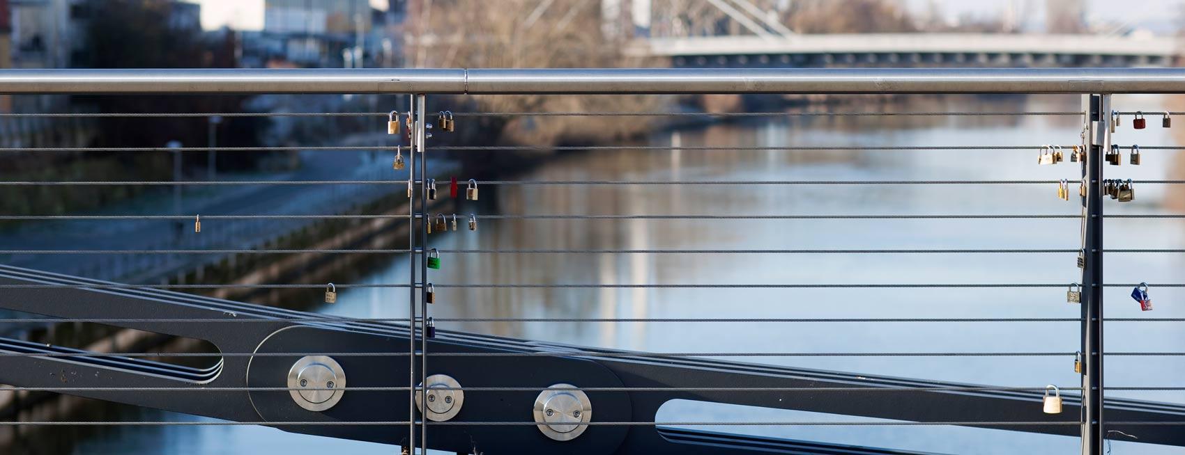 Brückengeländer I-SYS Edelstahl-Seilsysteme