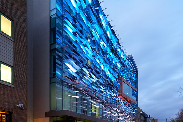LED Façades LED Light design I-SYS stainless steel wire rope system