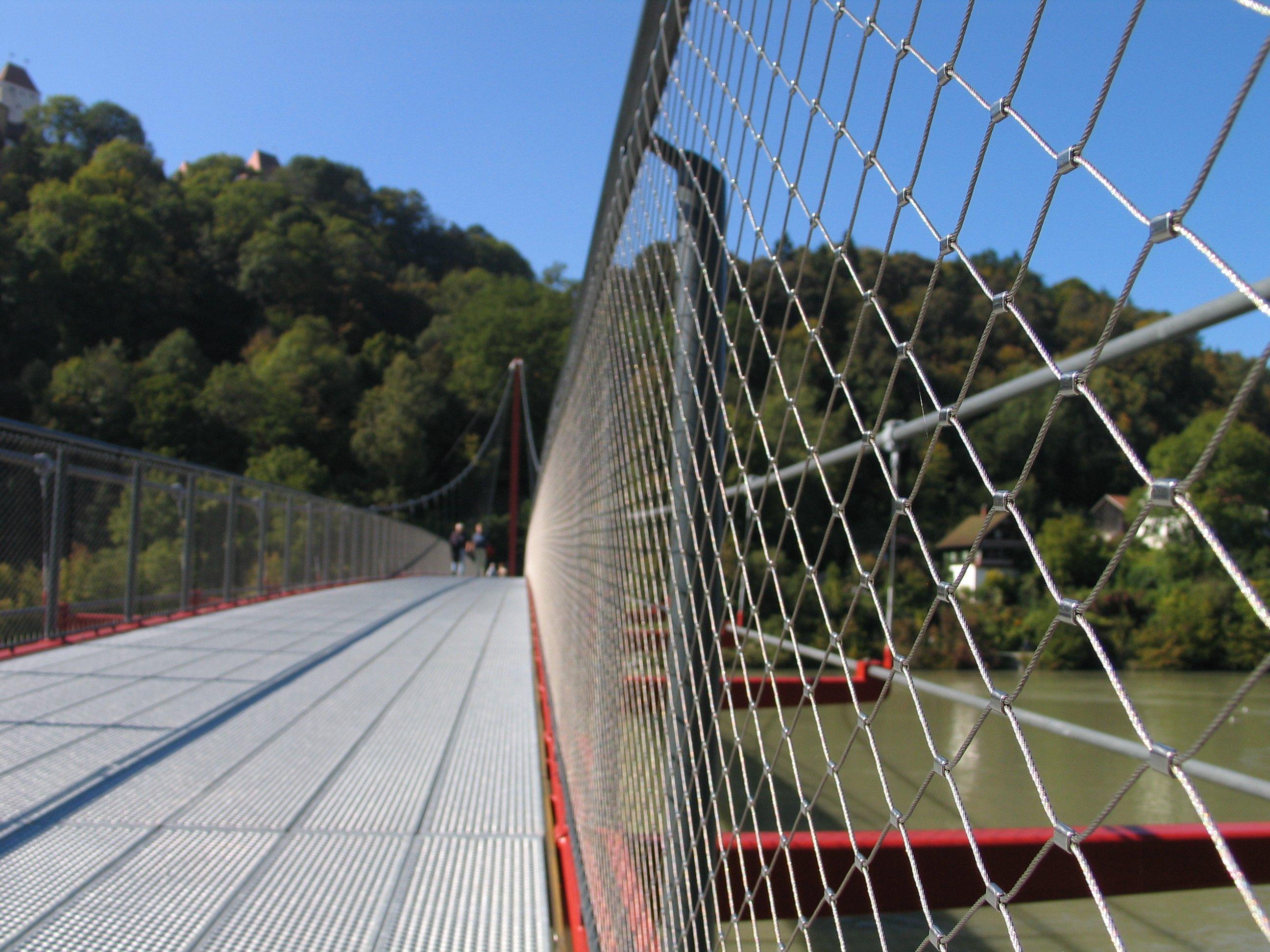 X-TEND balustrade infill mesh stainless steel mesh bridge